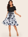 50s Floral Print Knotted Fit & Flare Dress