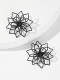 Hollow Metal Flower Stud Earrings 1pair