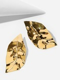 Leaf Shaped Metal Stud Earrings 1pair