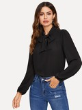 Tie Neck Solid Pleated Top