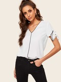 Contrast Tipping Bow Detail Top