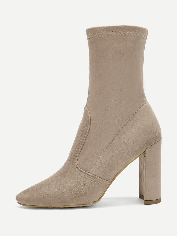Solid Block Heeled Suede Boots