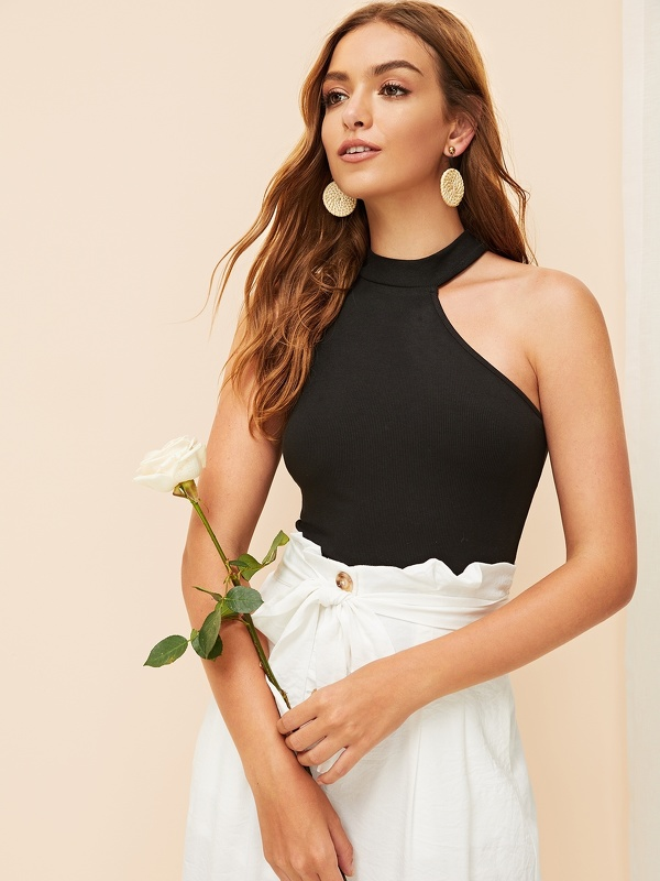 Asymmetrical Shoulder Fitted Halted Top