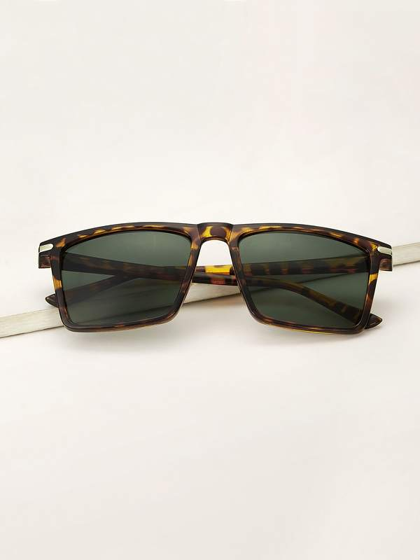Men Tortoiseshell Frame Tinted Lens Sunglasses