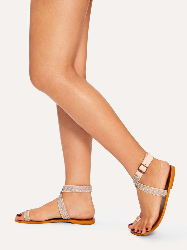 Toe Ring & Criss Cross Flat Sandals